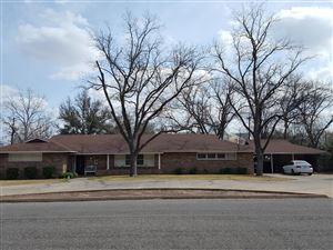 Photo of 2719 Live Oak St, San Angelo, TX 76901 (MLS # 99094)