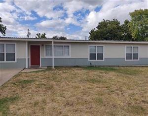 Photo of 2306 Lakeside Ave, San Angelo, TX 76901 (MLS # 99098)