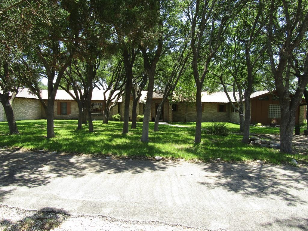 Photo for 2727 S Service Rd, Sonora, TX 76950 (MLS # 95117)