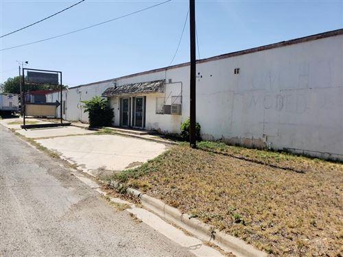 Photo of 105 E Pecan St, Sonora, TX 76950 (MLS # 102137)