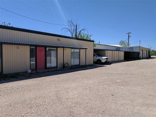 Photo of 810 W 14th St, San Angelo, TX 76901 (MLS # 106199)