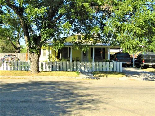 Photo of 804 S Concho Ave, Sonora, TX 76950 (MLS # 102200)