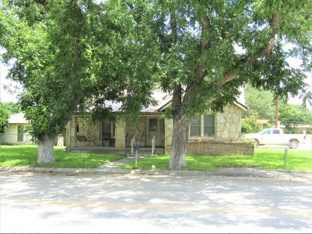 Photo for 809 S Crockett Ave, Sonora, TX 76950 (MLS # 97216)