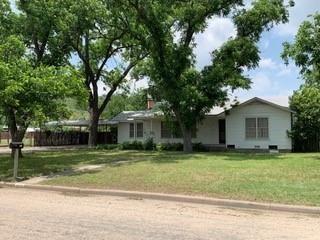 Photo for 807 E Poplar, Sonora, TX 76950 (MLS # 97225)