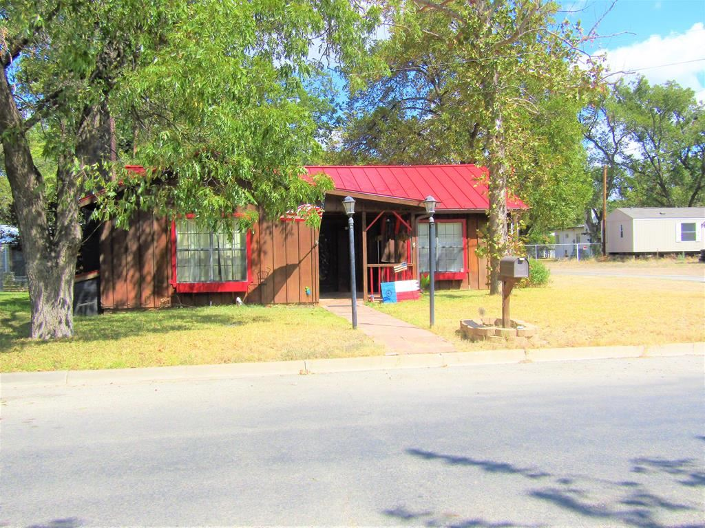Photo for 705 S Water Ave, Sonora, TX 76950 (MLS # 99366)