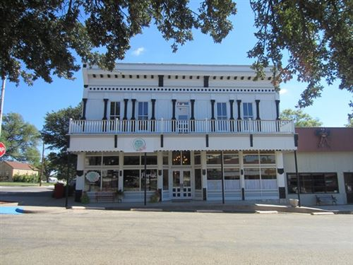 Tiny photo for 232 E Main St, Sonora, TX 76950 (MLS # 99385)