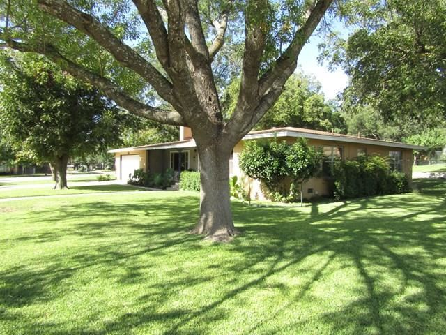 Photo for 119 Manor Ave, Sonora, TX 76950 (MLS # 101386)