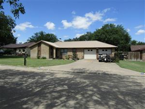 Photo of 214 Sawyer Dr, Sonora, TX 76950 (MLS # 98403)