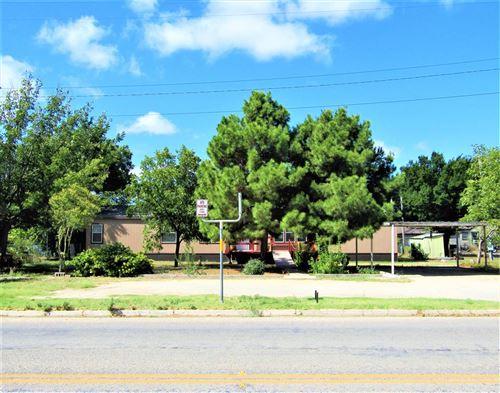 Photo of 1008 S Crockett Ave, Sonora, TX 76950 (MLS # 96513)