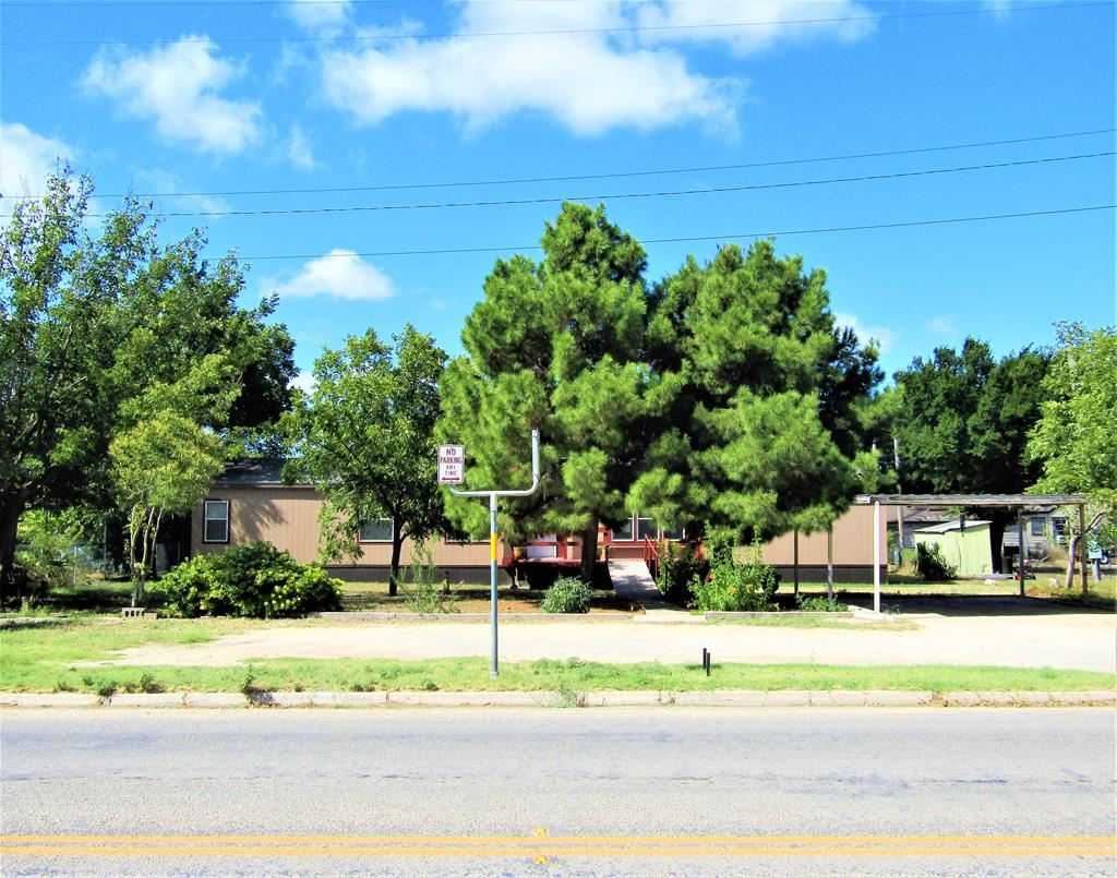 Photo for 1008 S Crockett Ave, Sonora, TX 76950 (MLS # 96513)