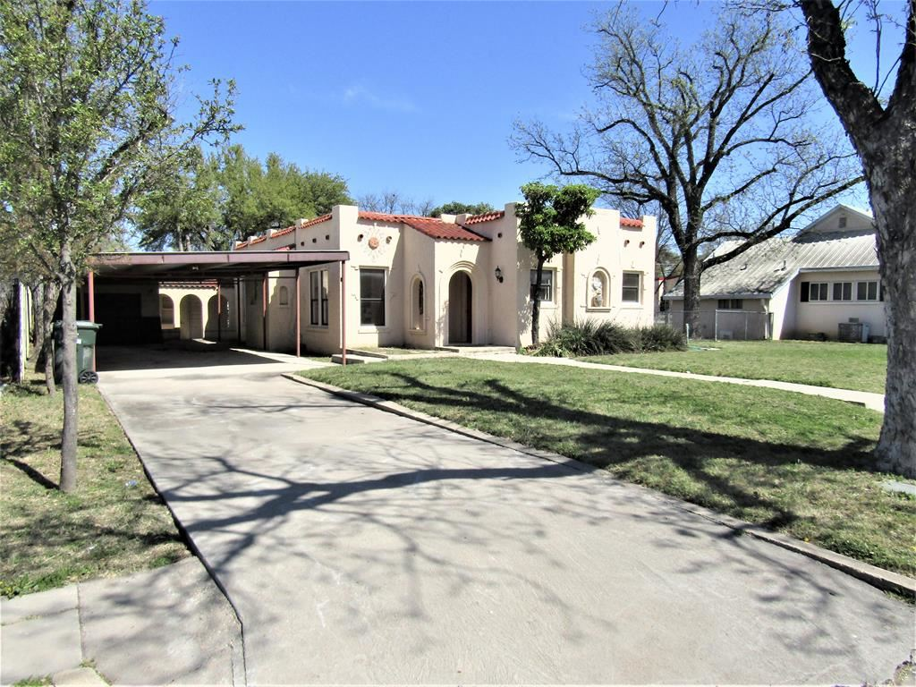 Photo for 305 E 1st St, Sonora, TX 76950 (MLS # 97564)