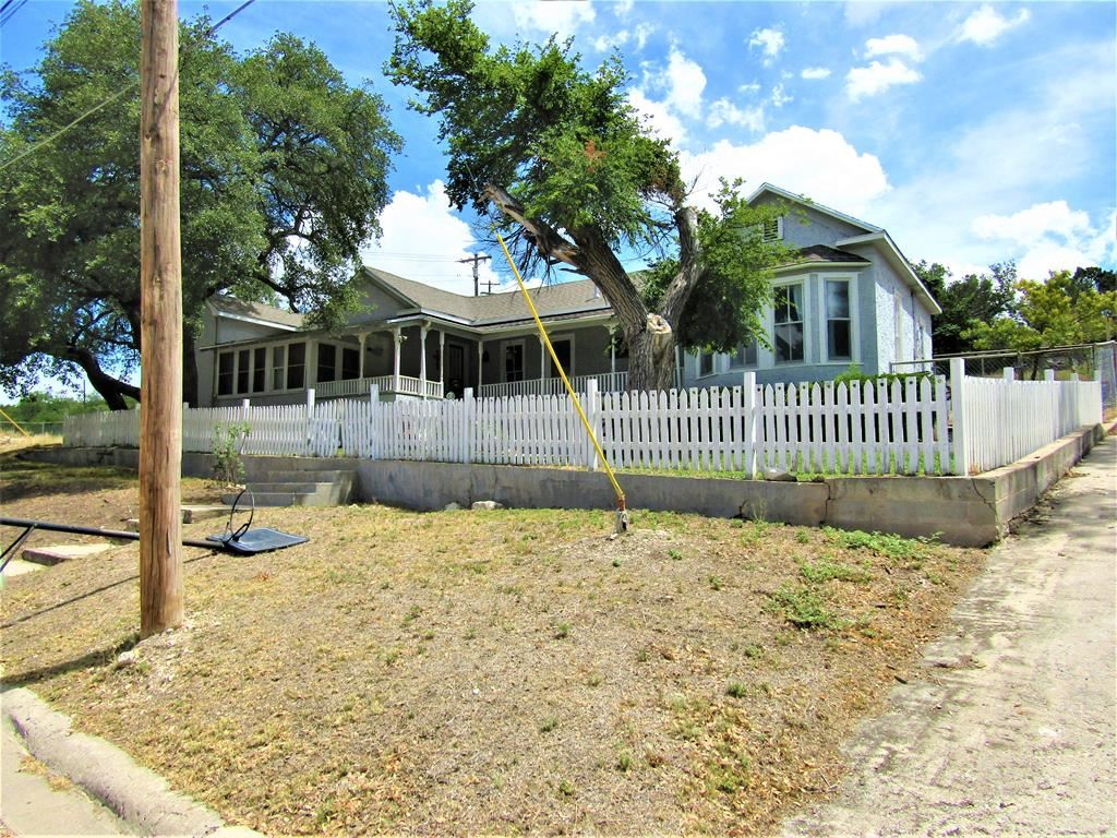 Photo for 112 N Prospect Ave, Sonora, TX 76950 (MLS # 101596)