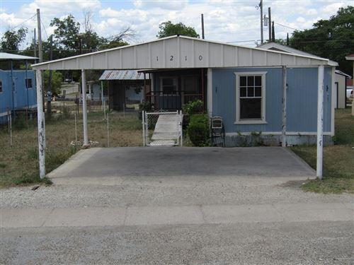 Photo of 1210 S Crockett Ave, Sonora, TX 76950 (MLS # 101597)