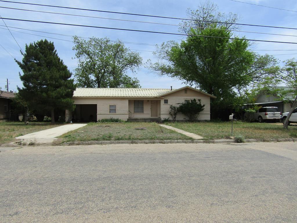 Photo for 900 E Poplar, Sonora, TX 76950 (MLS # 94658)
