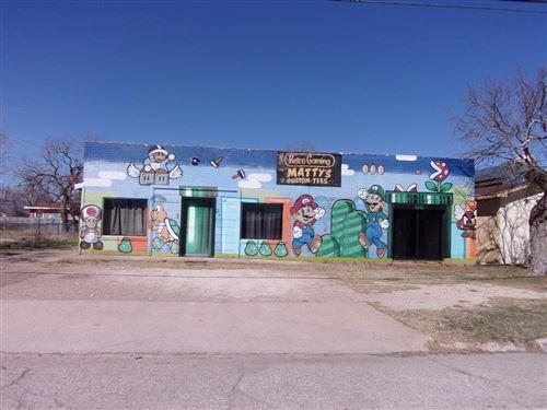 Photo of 308 W Washington Dr, San Angelo, TX 76901 (MLS # 103730)