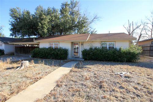 Photo of 211 Live Oak St, Ozona, TX 76943 (MLS # 99770)
