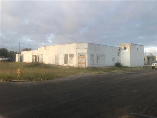 Photo of 23 E Ave D, San Angelo, TX 76903 (MLS # 102771)