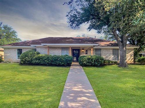 Photo of 3006 Briargrove Lane, San Angelo, TX 76904 (MLS # 105859)