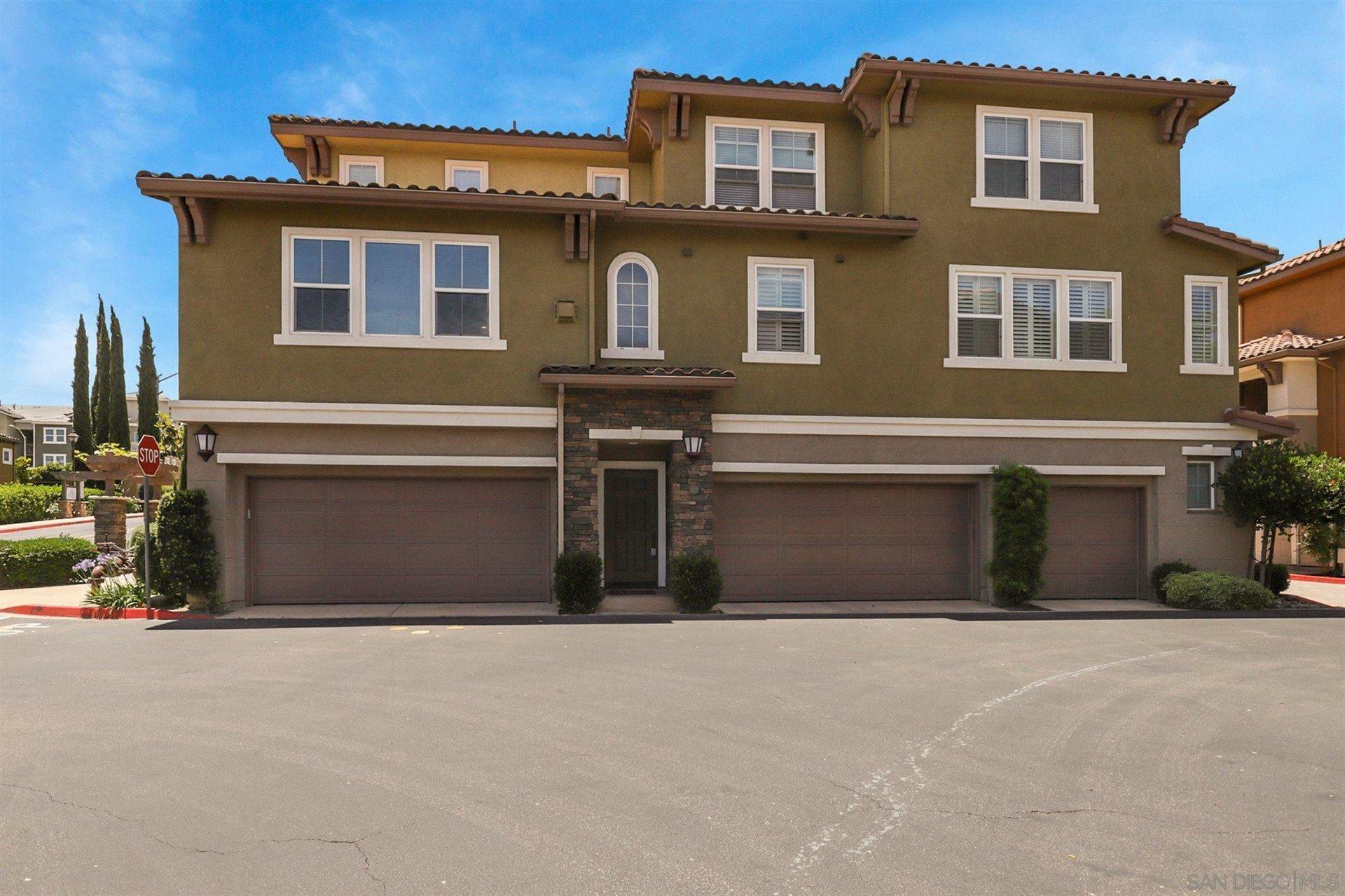 Photo of 2 Via Montisi, Santee, CA 92071 (MLS # 210016002)