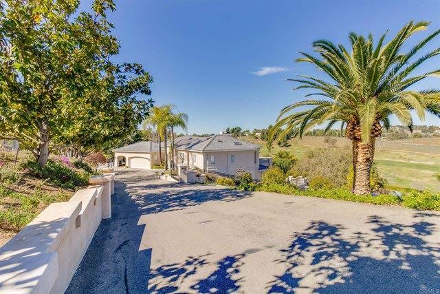 Photo of 1410 Victoria Gln, Escondido, CA 92025 (MLS # NDP2102002)