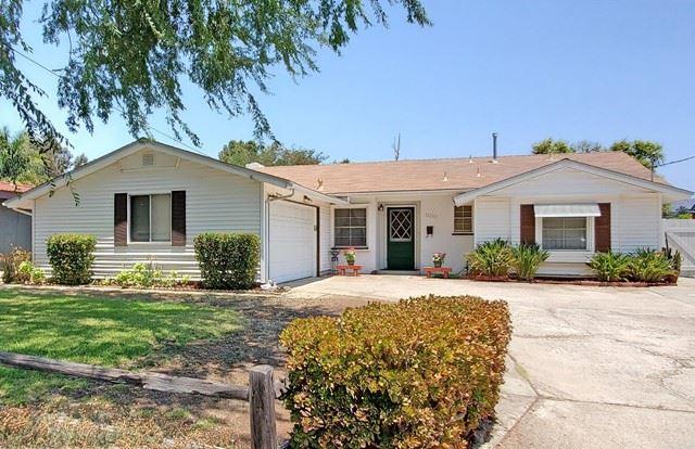 Photo of 12232 Witt Road, Poway, CA 92064 (MLS # NDP2112005)