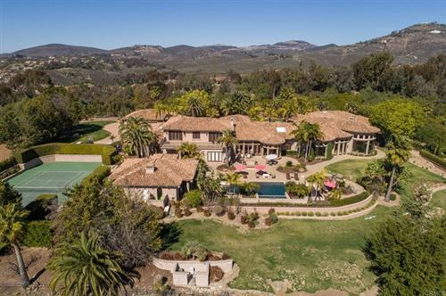 Photo of 6682 Las Arboledas, Rancho Santa Fe, CA 92067 (MLS # NDP2102007)