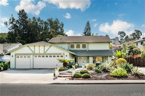 Photo of 3733 Cameo Dr, Oceanside, CA 92056 (MLS # 200009008)