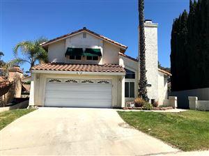 Photo of 824 Timberwood Pl, Escondido, CA 92026 (MLS # 180039009)
