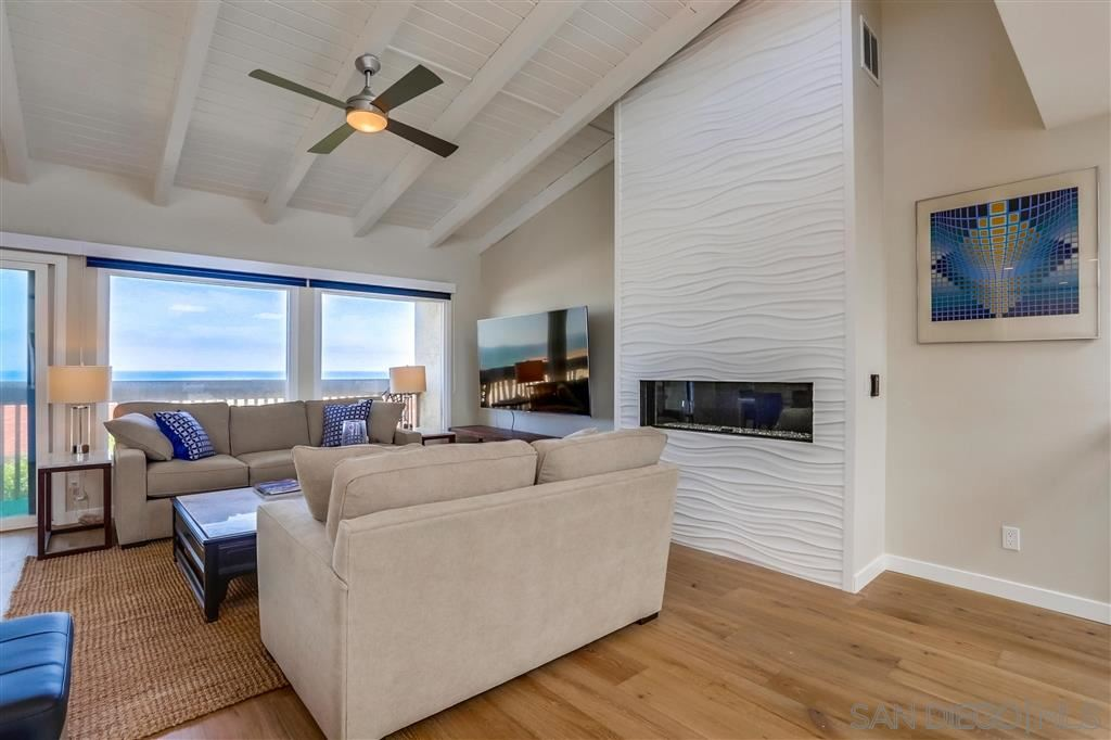 Photo of 429 S Sierra Ave #331, Solana Beach, CA 92075 (MLS # 200039009)