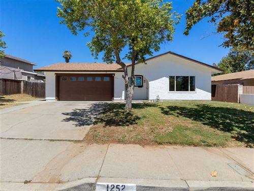 Photo of 1252 Hoover St, Escondido, CA 92027 (MLS # 200038010)