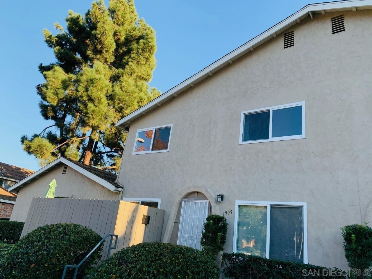 Photo of 7909 Camino Glorita, San Diego, CA 92122 (MLS # 210001010)