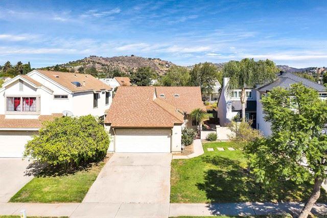 Photo of 906 Sendero Avenue, Escondido, CA 92026 (MLS # NDP2112010)