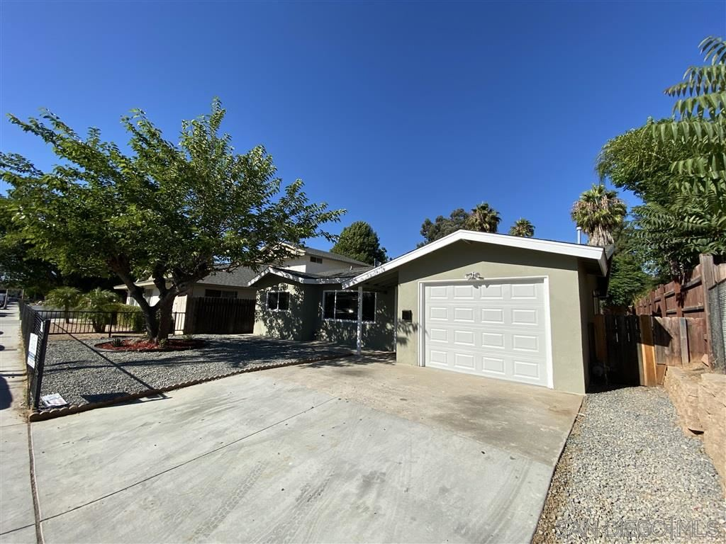Photo of 702 N Grape St, Escondido, CA 92025 (MLS # 200031011)