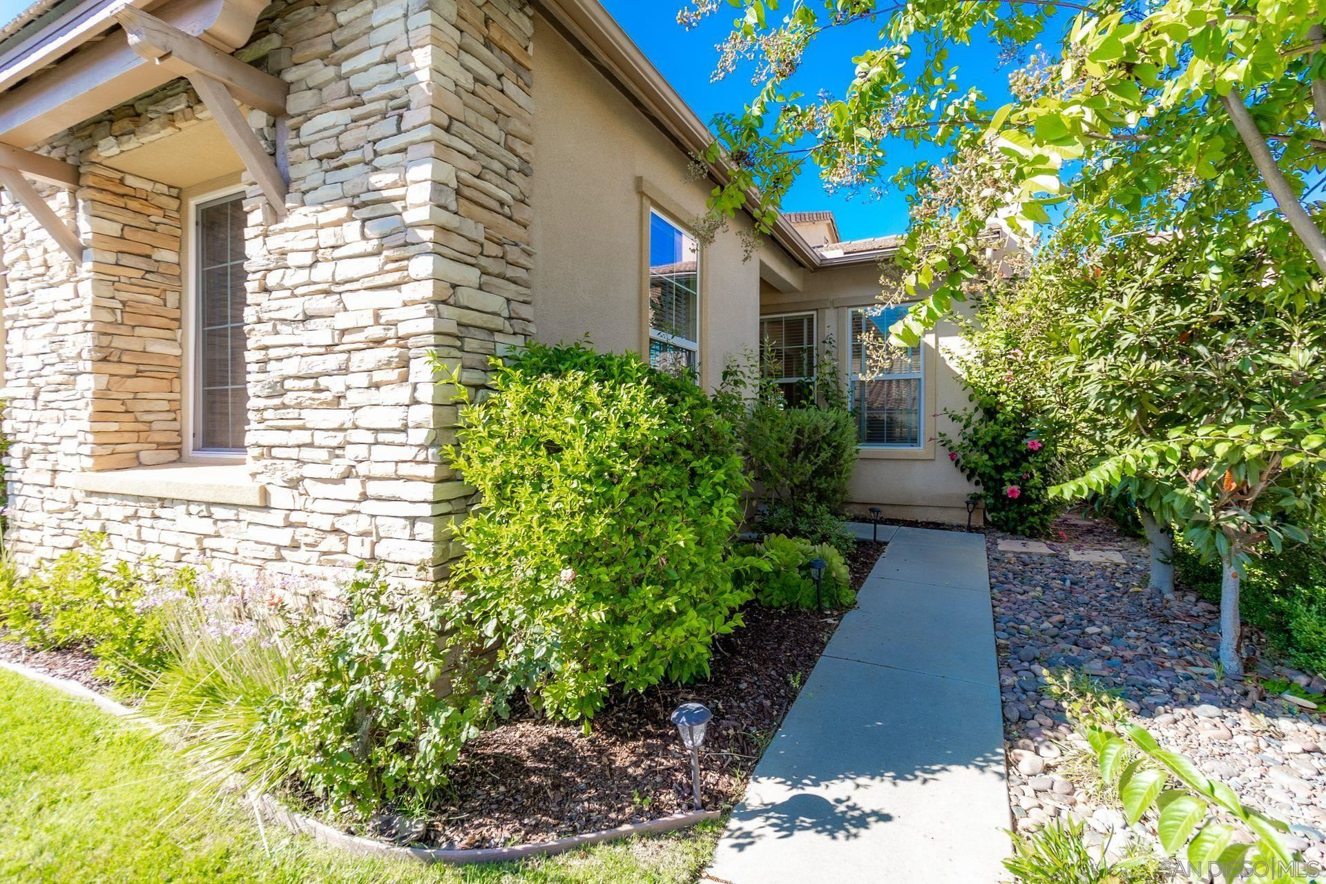 Photo of 27035 Sunningdale Way, Valley Center, CA 92082 (MLS # 210026014)