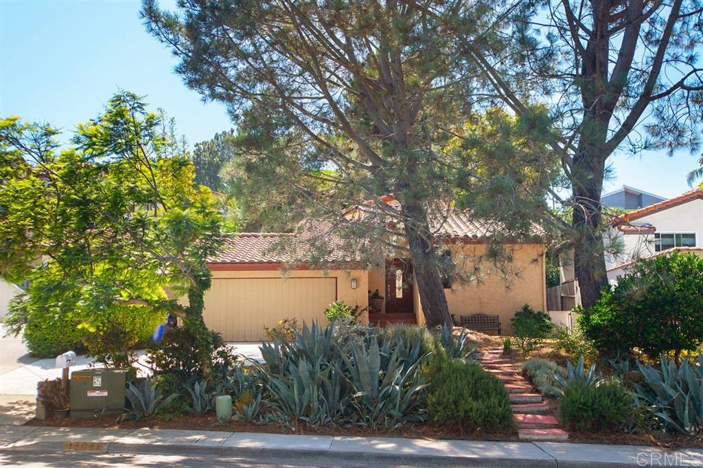 Photo of 14046 Mango Drive, Del Mar, CA 92014 (MLS # 200031019)