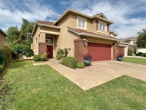 Photo of 29670 Gracilior Drive, Escondido, CA 92026 (MLS # PTP2107020)