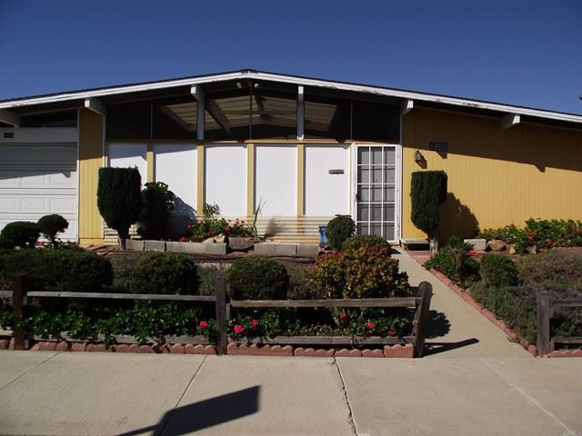 Photo of 4806 Siesta Place, Oceanside, CA 92057 (MLS # NDP2112020)