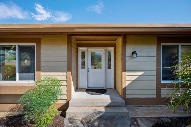 Photo of 993 La Vonne Avenue, Fallbrook, CA 92028 (MLS # NDP2111023)