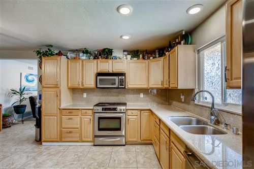 Tiny photo for 3252 Carolyn Circle, Oceanside, CA 92054 (MLS # 200032024)