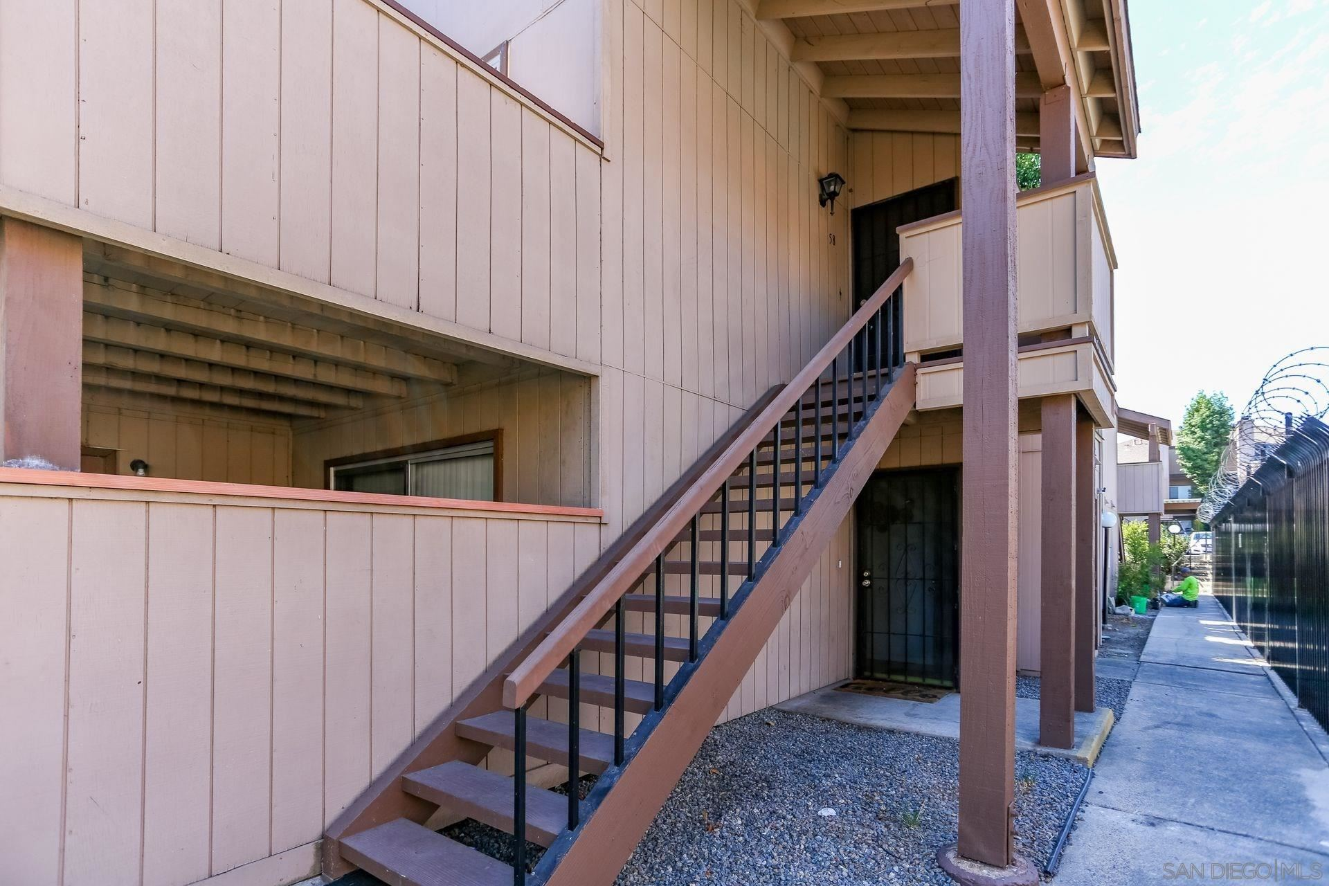 Photo for 6530 College Grove Dr #58, San Diego, CA 92115 (MLS # 200049025)
