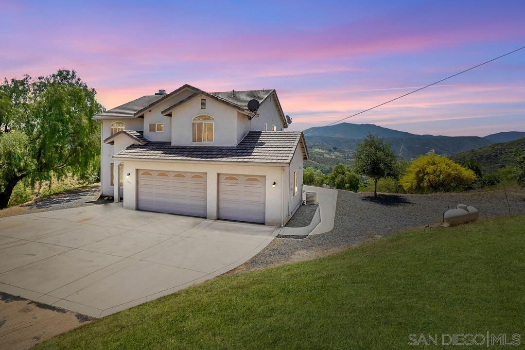 Photo of 1012 Willson Rd., El Cajon, CA 92019 (MLS # 210016026)