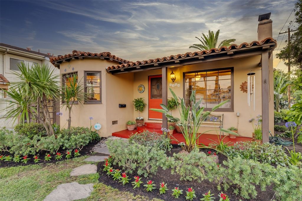 Photo for 4494 Bancroft St, San Diego, CA 92116 (MLS # 200035028)
