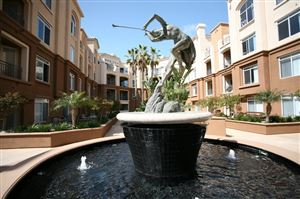 Photo of 9293 Regents Rd. #C-404, La Jolla, CA 92037 (MLS # 180038031)