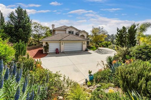 Photo of 1777 York View Circle, Vista, CA 92084 (MLS # NDP2104031)