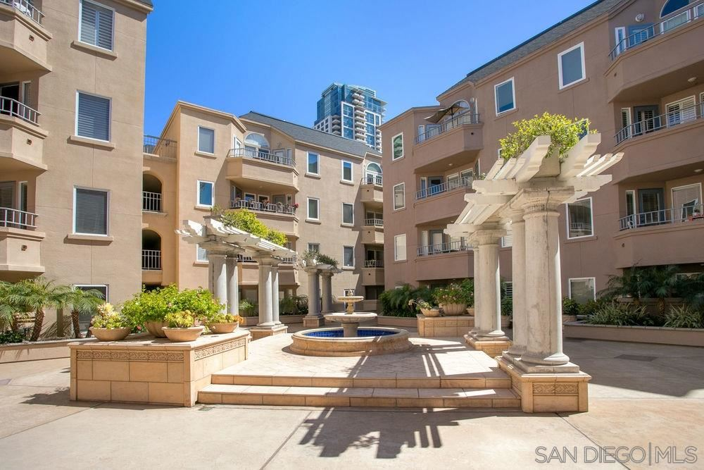 Photo for 655 Columbia St #202, San Diego, CA 92101 (MLS # 210010033)
