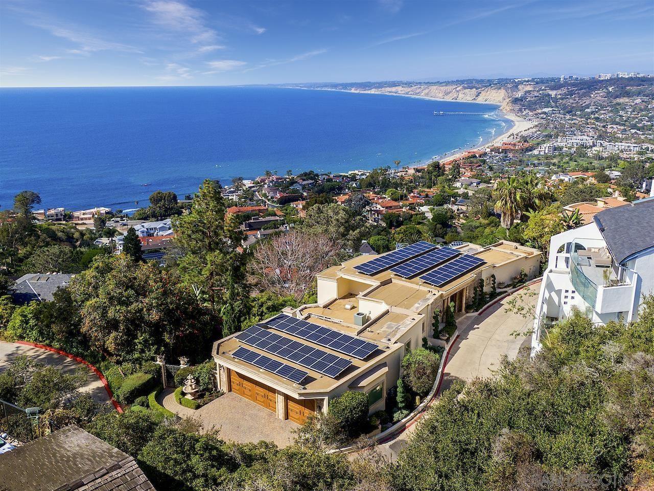 Photo of 1702 Valdes Dr, La Jolla, CA 92037 (MLS # 210026033)