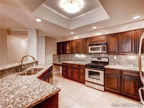Photo of 12374 Carmel Country Rd #H-110, San Diego, CA 92130 (MLS # 210017036)