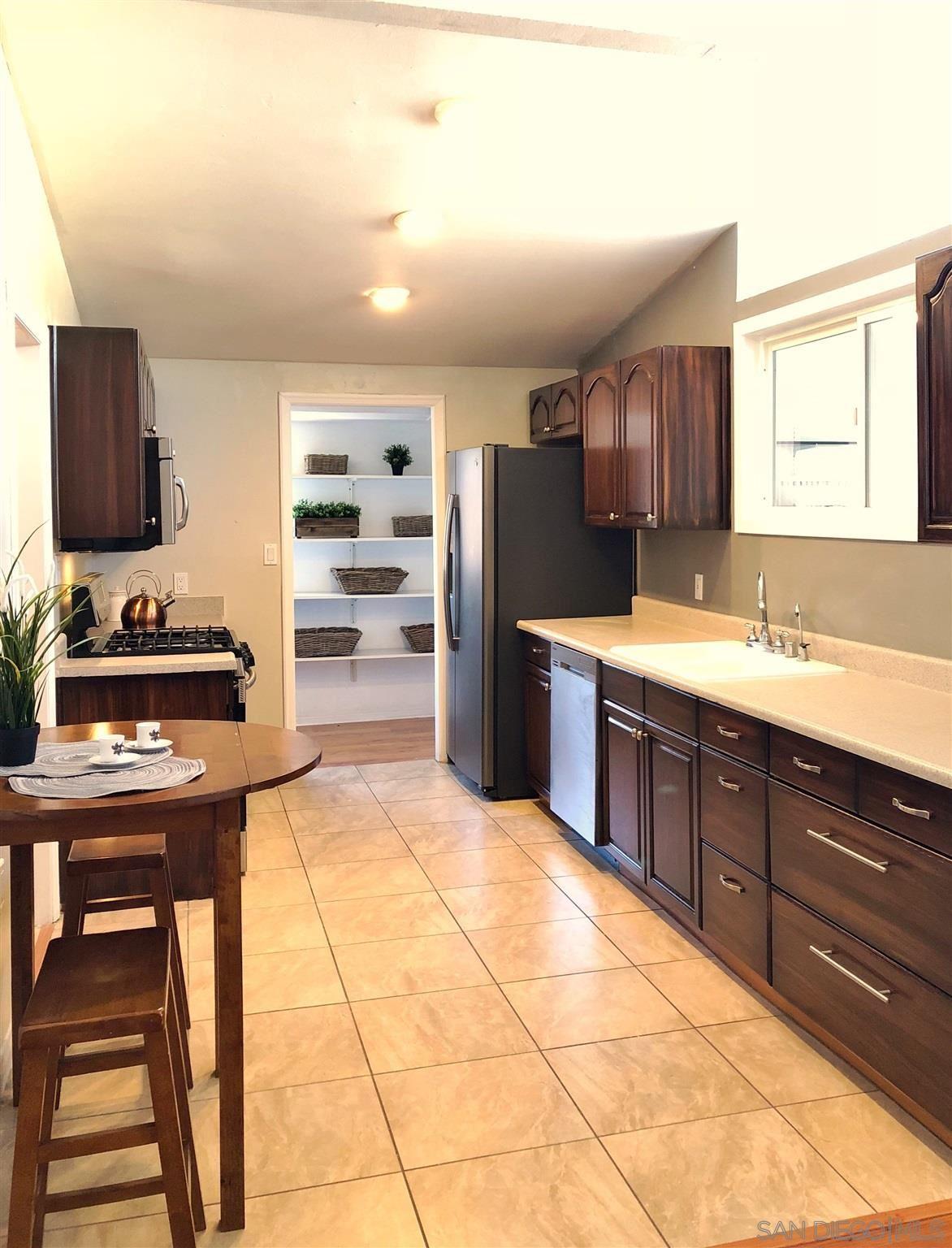 Photo of 13727 Powers Rd, Poway, CA 92064 (MLS # 210001037)