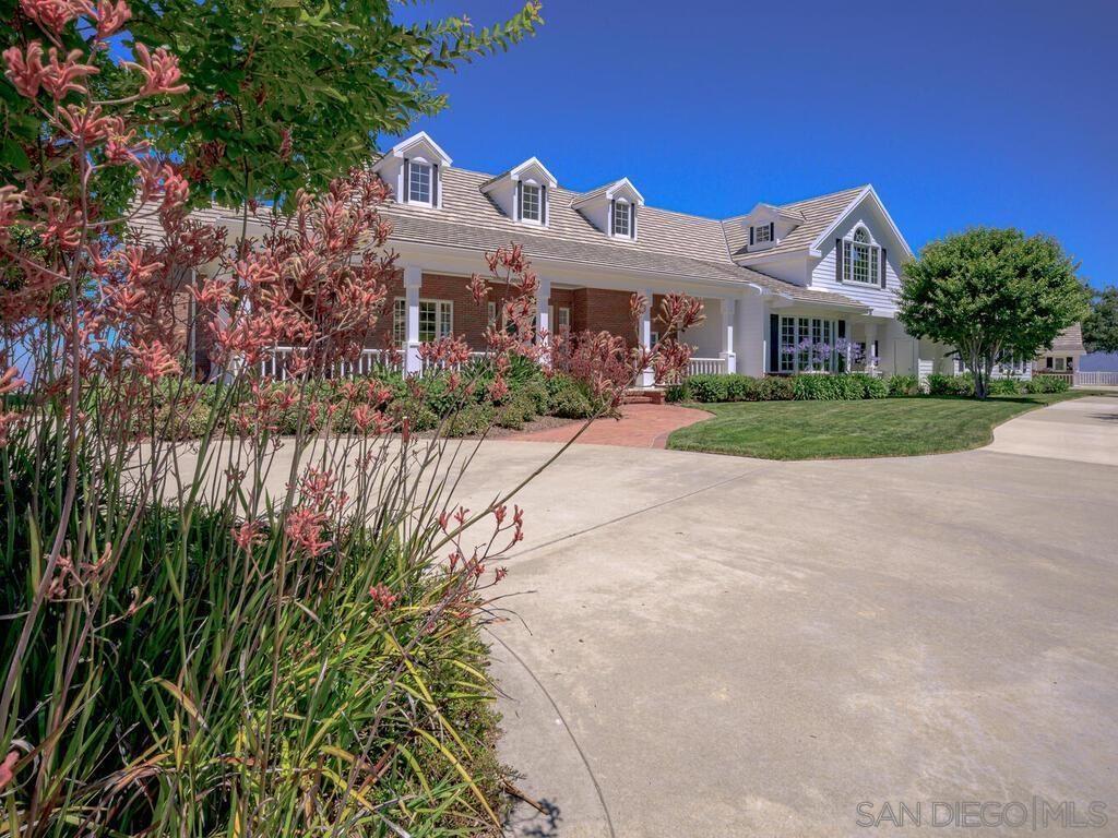 Photo of 14490 Ridge Ranch Rd, Valley Center, CA 92082 (MLS # 210019037)