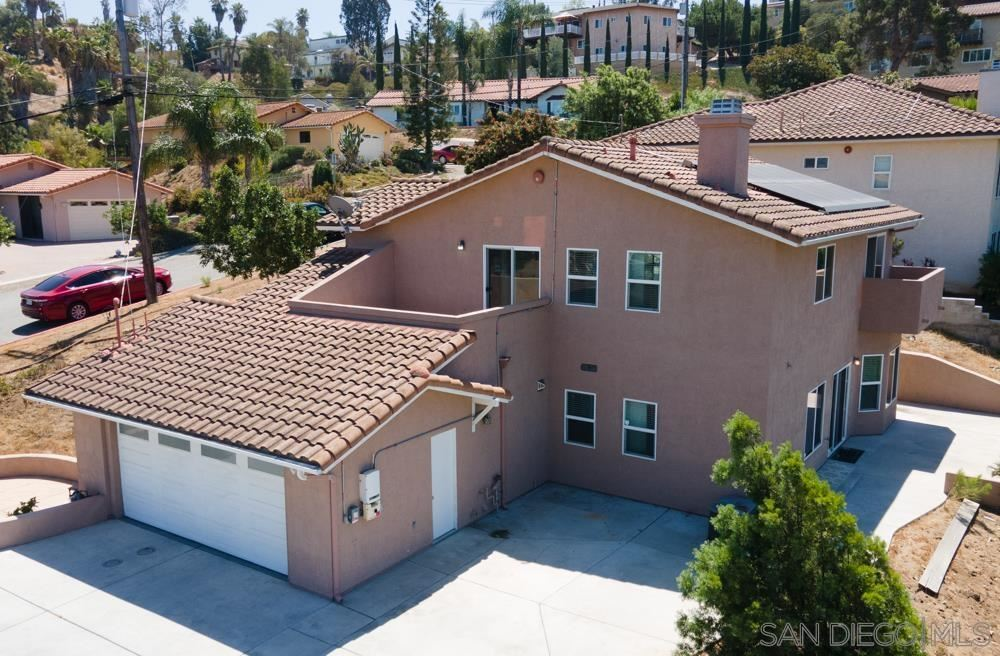 Photo of 2294 Johns View Way, Spring Valley, CA 91977 (MLS # 210025037)